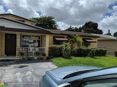 Miramar Single Family Home For Sale: 2221 Sunshine Blvd