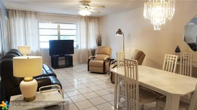 Hallandale Condo/Townhouse For Sale: 215 SE 3rd Ave #101B