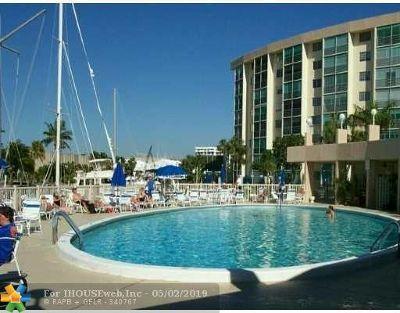 Pompano Beach Condo/Townhouse For Sale: 2731 NE 14th Street Cswy #623B