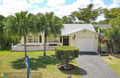 Tamarac Single Family Home For Sale: 8110 NW 101st Ave