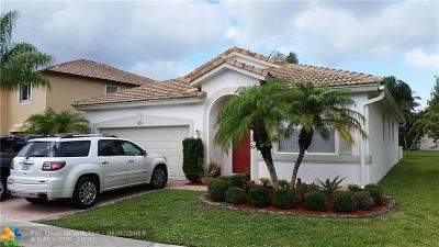 Boynton Beach Single Family Home For Sale: 1820 Magliano Dr