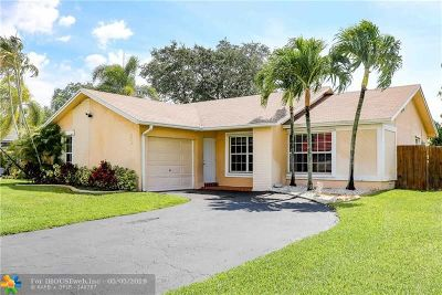 Pembroke Pines Single Family Home For Sale: 501 NW 86th Ave