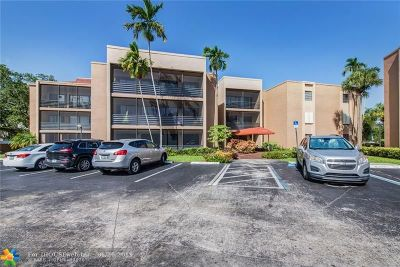 Hollywood Condo/Townhouse For Sale: 4040 S Hills Dr #31