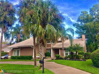 Tamarac Single Family Home For Sale: 7514 Black Olive