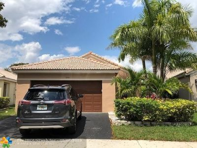 Weston Single Family Home Backup Contract-Call LA: 4349 Pine Ridge Ct