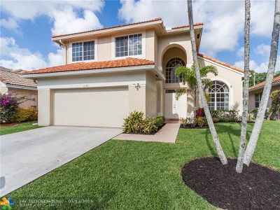 Boynton Beach Single Family Home For Sale: 1025 Fairfax Circle W