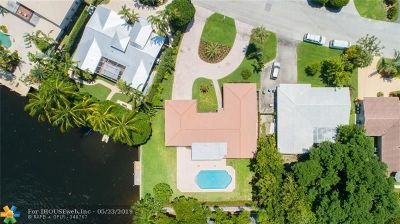 Fort Lauderdale Single Family Home For Sale: 2425 NE 22 Terrace
