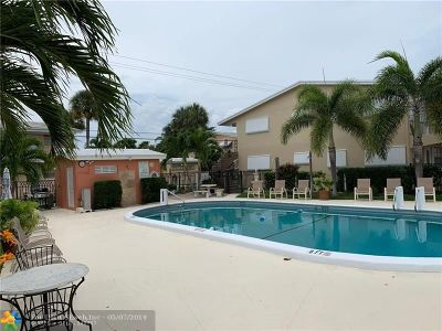 Fort Lauderdale Condo/Townhouse For Sale: 2142 NE 56th Ct #101