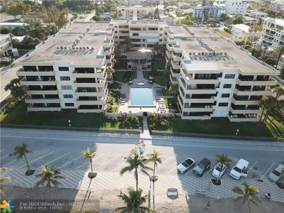 Deerfield Beach Condo/Townhouse For Sale: 330 SE 20th Ave #202