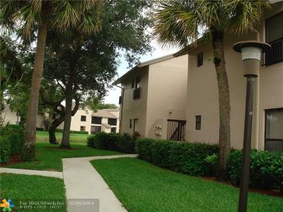 Coconut Creek Condo/Townhouse For Sale: 3394 NW 47th Ave #3164