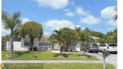 Pompano Beach Single Family Home For Sale: 4131 NE 4th Ter