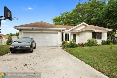 Coral Springs Single Family Home For Sale: 2484 NW 95th Ave