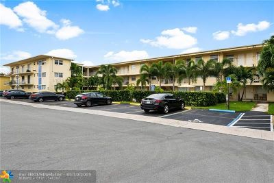 Hallandale Condo/Townhouse For Sale: 1100 NE 1st Ct #307