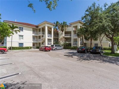 Coral Springs Condo/Townhouse For Sale: 2901 Riverside Dr #202