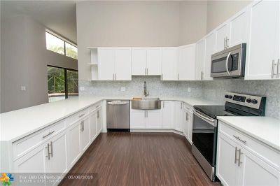 Wellington Single Family Home For Sale: 2186 Amesbury Cir