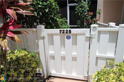 Tamarac Condo/Townhouse For Sale: 7225 S Devon Dr #107
