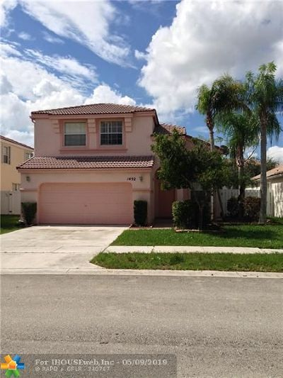 Pembroke Pines Single Family Home For Sale: 1492 NW 153rd Ave