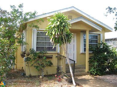 Oakland Park Single Family Home For Sale: 817 NE 34th St