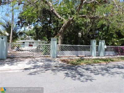 Dania Beach Single Family Home For Sale: 242 SW 8th St