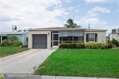 Oakland Park Single Family Home For Sale: 5280 NE 3rd Ter