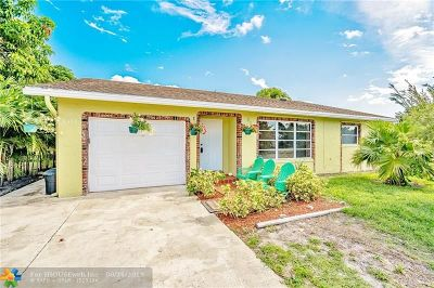 Delray Beach Single Family Home For Sale: 6396 Winding Brook Way
