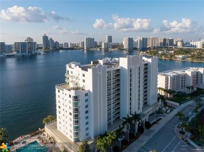 Sunny Isles Beach Condo/Townhouse For Sale: 18100 N Bay Rd #707