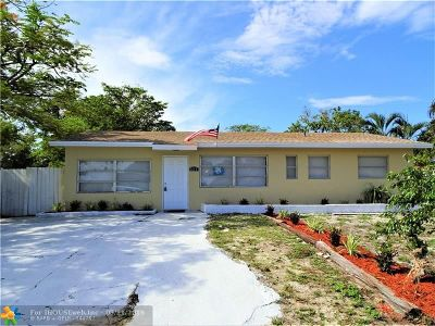 Deerfield Beach Single Family Home For Sale: 651 SW 15th St