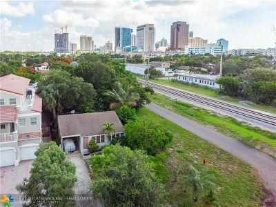 Delray Beach, Boca Raton, Boynton Beach, Palm Beach, Fort Lauderdale Single Family Home For Sale: 207 SW 11th St