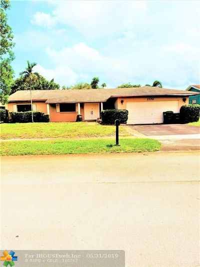 Miami Gardens Single Family Home For Sale: 1770 NW 194th St