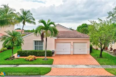 Pembroke Pines Single Family Home For Sale: 18501 NW 19th St