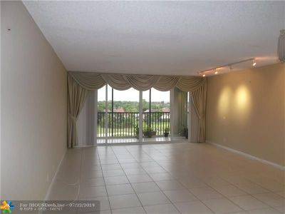 Lauderhill Condo/Townhouse For Sale: 3771 Environ Blvd #655