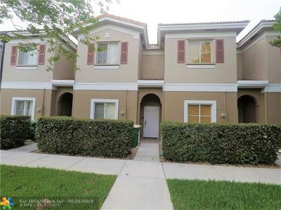 Tamarac Condo/Townhouse Backup Contract-Call LA: 4508 Woodland Cir #4508