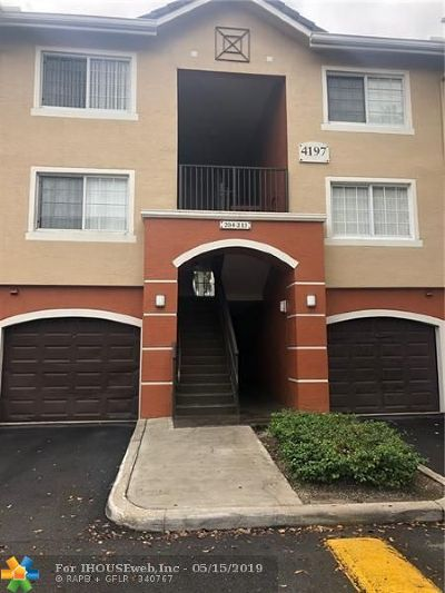 West Palm Beach Condo/Townhouse For Sale: 4151 N Haverhill Rd #1514