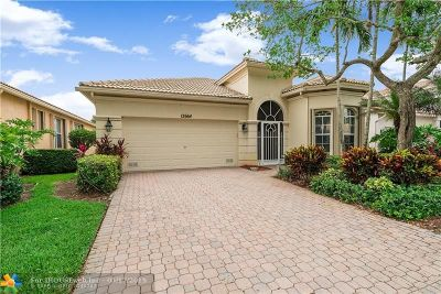 Boynton Beach Single Family Home For Sale: 12664 Via Lucia