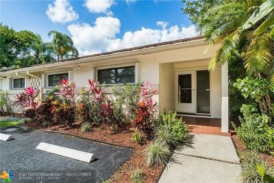 Plantation Single Family Home For Sale: 709 SW 89th Ave