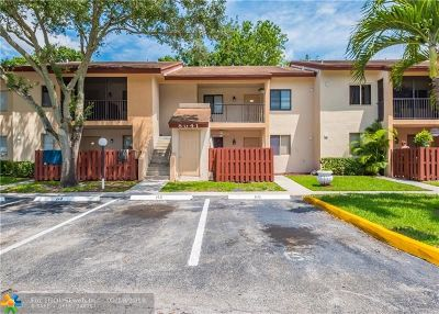 North Lauderdale Condo/Townhouse For Sale: 8041 Southgate Blvd #10H