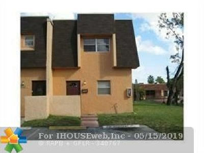 Lauderhill Condo/Townhouse For Sale