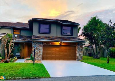 Palm Beach Gardens Condo/Townhouse For Sale: 11233 Thyme Dr