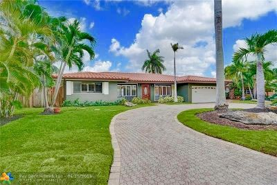 Fort Lauderdale Single Family Home For Sale: 25 Tam Oshanter Ln