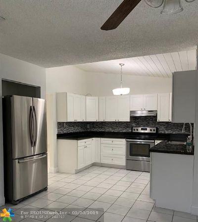 Sunrise FL Single Family Home For Sale: $349,900