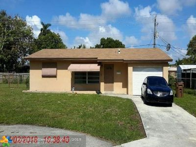 Deerfield Beach Single Family Home For Sale: 1461 SW 4th Ter