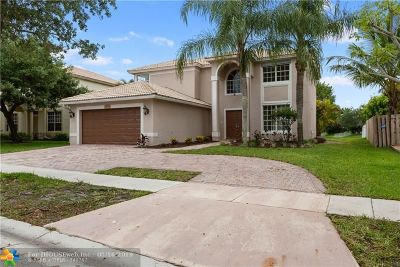 Pembroke Pines Single Family Home For Sale: 13104 NW 13th St