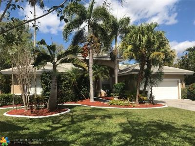 Coral Springs Single Family Home For Sale: 4364 NW 65th Ter