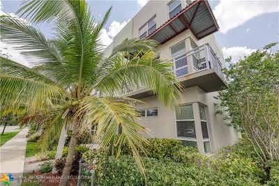 Oakland Park Condo/Townhouse For Sale: 4351 NE 1st Ter