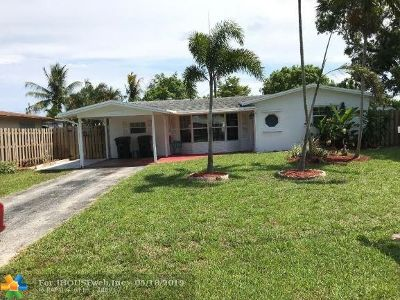Oakland Park Single Family Home For Sale: 1970 NW 32nd St