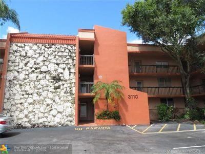 Margate Condo/Townhouse For Sale: 3110 Holiday Springs Blvd #108