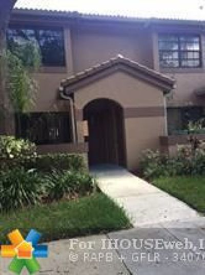 Broward County Condo/Townhouse For Sale: 10761 NW 14th St #283