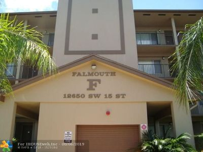 Pembroke Pines Condo/Townhouse For Sale: 12650 SW 15th St #207F