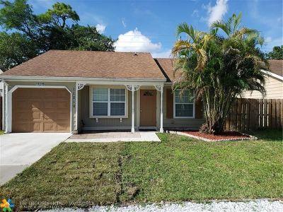 Boca Raton Single Family Home For Sale: 11219 Model Cir W,