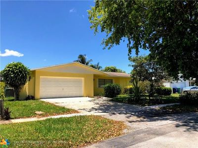 Lauderhill Single Family Home For Sale: 4511 NW 14th St